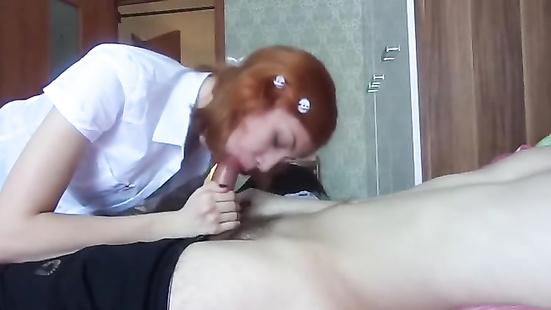 Русская студентка отсосала у препода елдак
