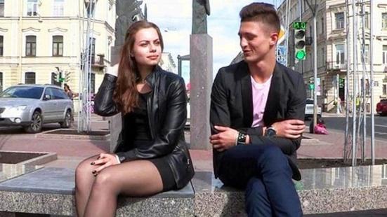 Пикапер отжарил девку до оргазма и отблагодарил пропиской в столице России